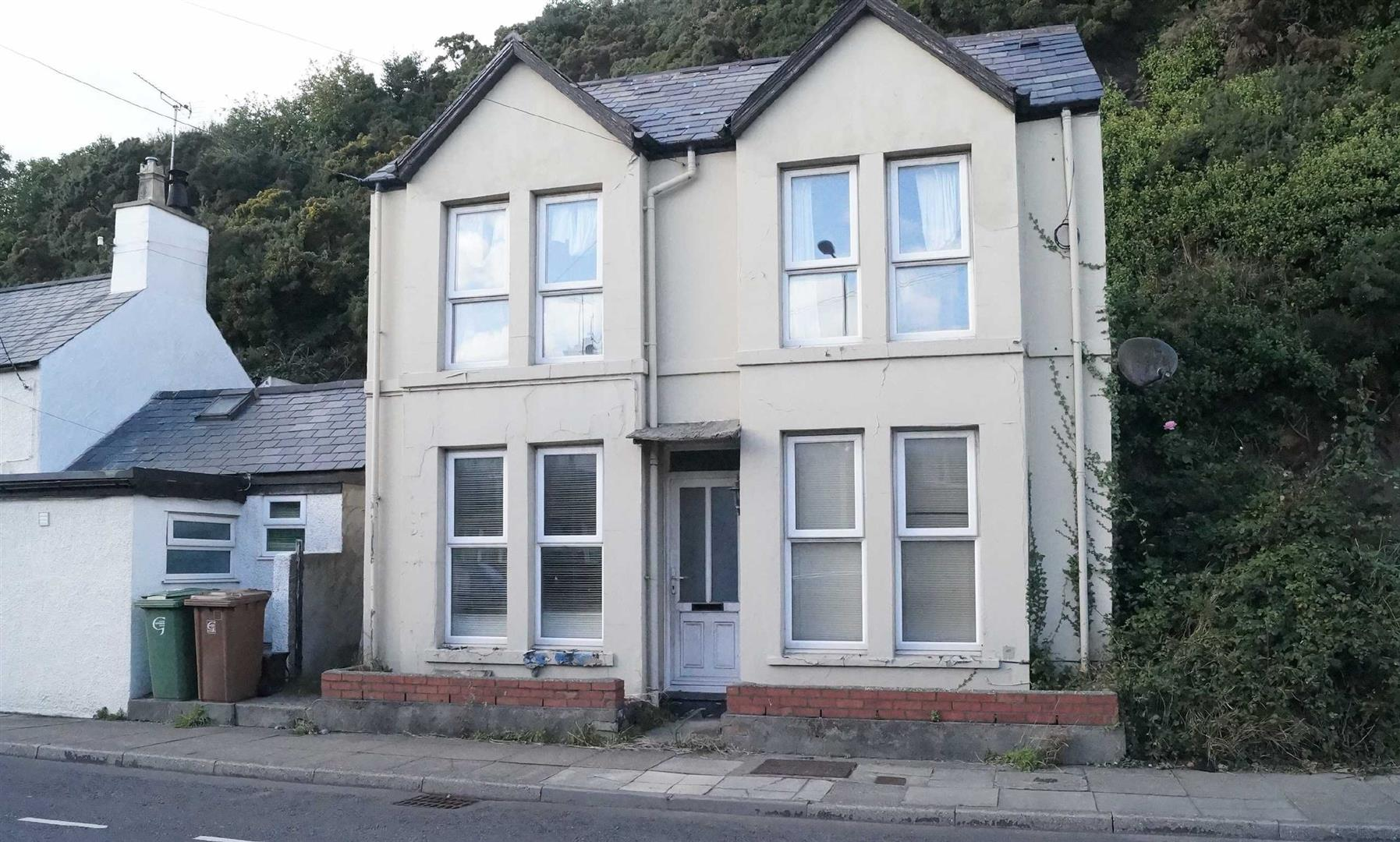 Abererch Road, Pwllheli - £89,000/Open to offers